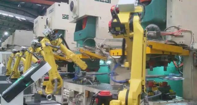 机器人 Robot 机器人网 FANUC发那科 自动化线 拆垛机器人 冲压自动化线 机器人网Robotiy.com